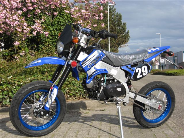 Streetlegal AGB-29 50cc Yamaha-blue(sold out)