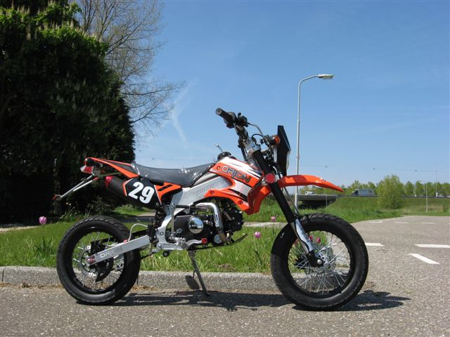 Streetlegal AGB-29 50cc KTM-orange (sold out)