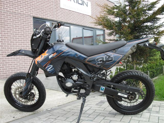 RX50 Black-edition 70cc straatlegaal (SPECIAL ONE)
