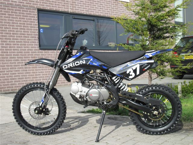 AGB-37 crf-2 black-blue