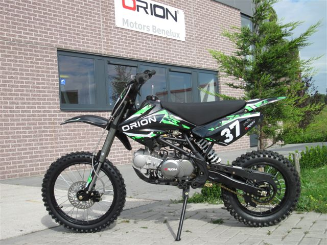 AGB-37 crf-2 black-green