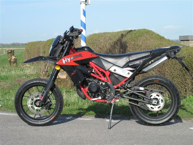 EVO50 2-stroke black-red